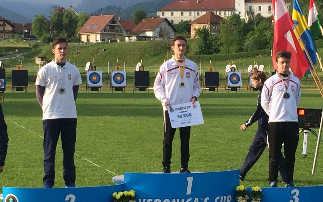 Oskar Kasprowski wygrywa w Słowenii!